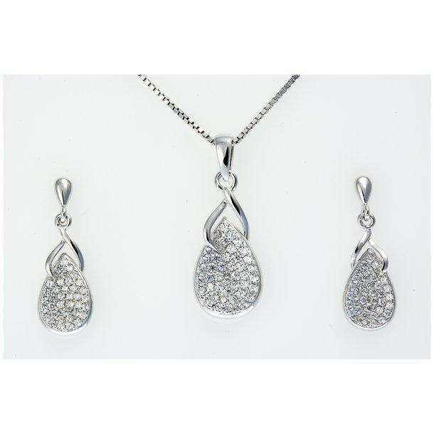 Smykkesæt i sølv med dråbe